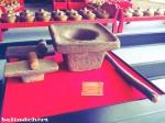 ini adalah lumpang dan alu yang dipake untuk membuat jamu di Jamu Jago pas awal-awal pendiriannya