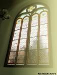 Kaca Jendela Berwarna, ciri khas bangunan gaya Eropa