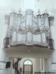 alat musik organ, sayangnya udah gak berfungsi nih